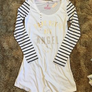 VS long-sleeve sleep Shirt NWT - Size Small